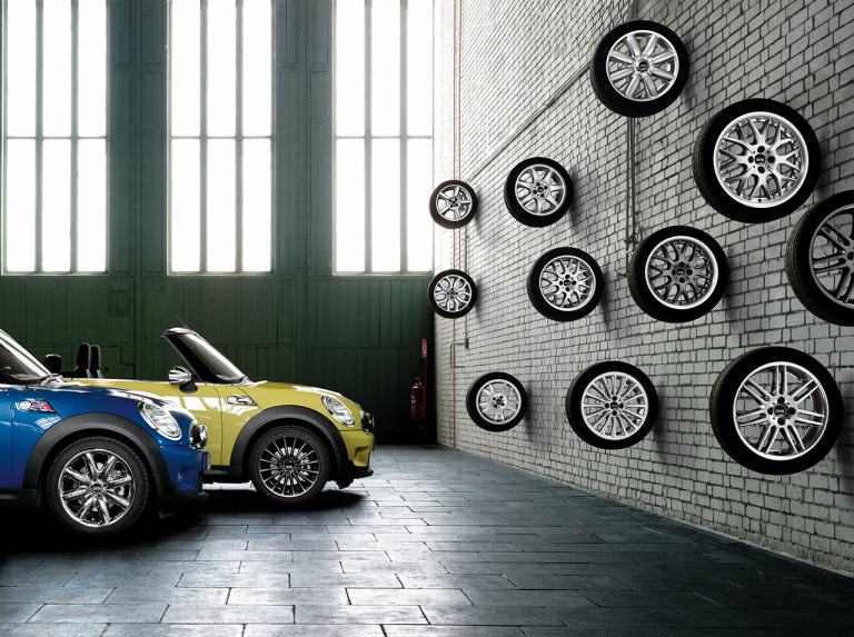 MINI Complete Wheel and Tyre Configurator
